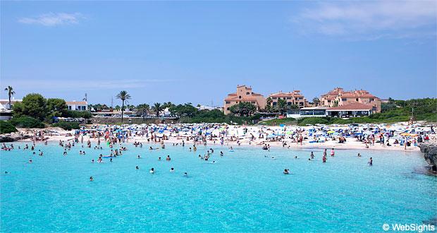 Cala'n Bosch beach